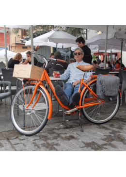 Urban Bicycle With 28 Wheels